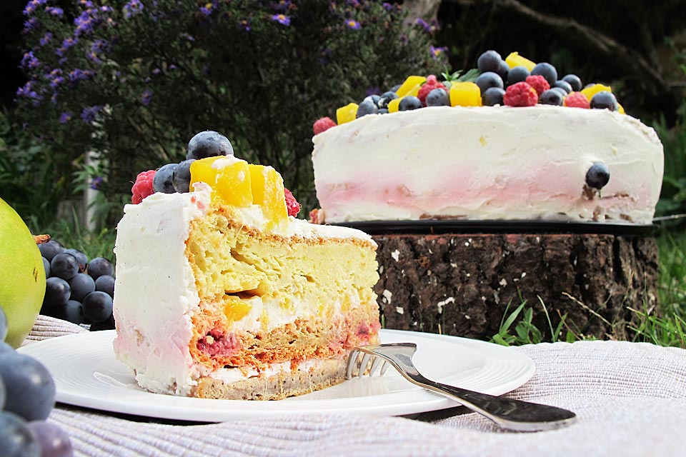 tort cu fructe fara zahar