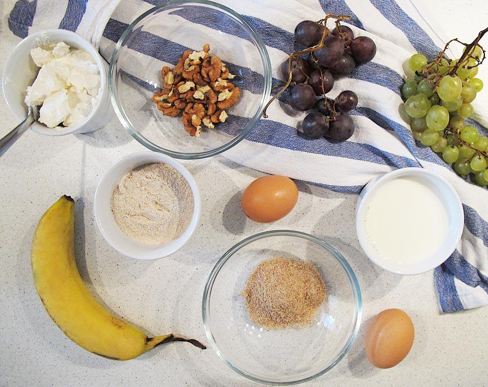 ingrediente clatite cu banane si struguri